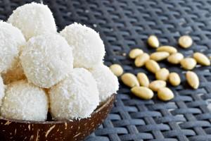 Gesunde Kokosbällchen