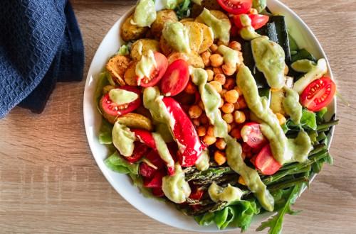 Salatbowl mit Ofengemüse